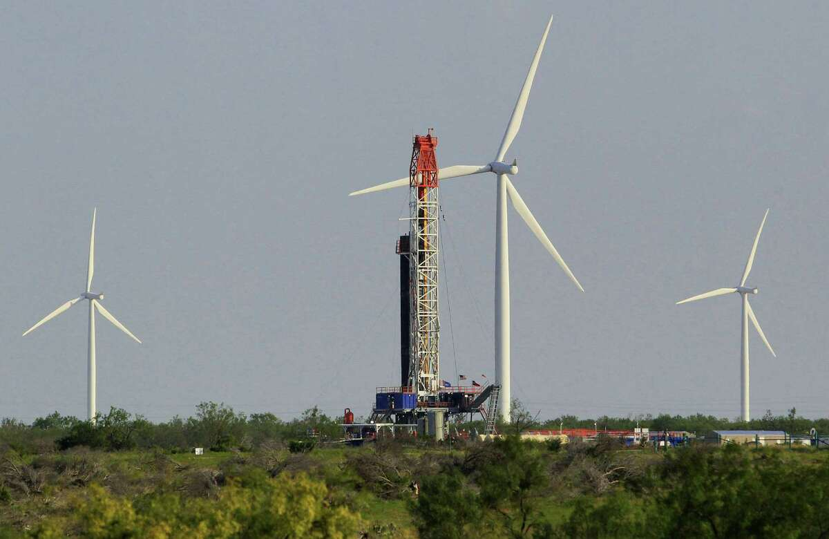 Don't blame wind farms for the dearth of new power plants in Texas. The state's abundance of cheap natural gas is the real reason.