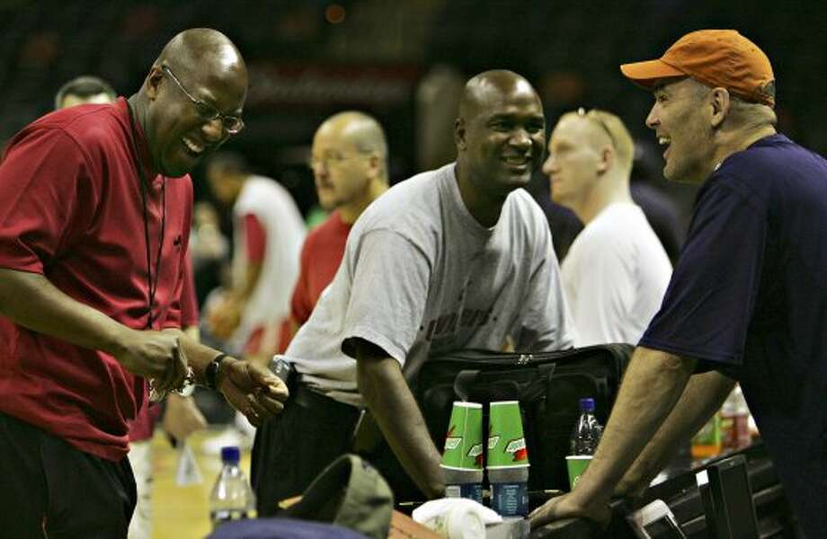 Lance Blanks (center), Suns: Director of scouting, 2000-05 (BAHRAM MARK SOBHANI / SAN ANTONIO EXPRESS NEWS)