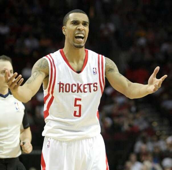 July 20: Shooting guard Courtney Lee is dealt to the Boston Celtics as part of a sign-and-tra