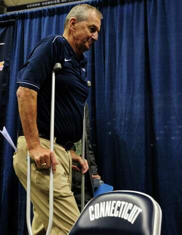 University of Connecticut Coach Jim Calhoun announces his retirement after 26 years during a media conference at Harry A.Gampel Pavilion in Storrs, Conn. on Thursday, Sept. 13, 2012. Photo: Autumn Driscoll / Connecticut Post
