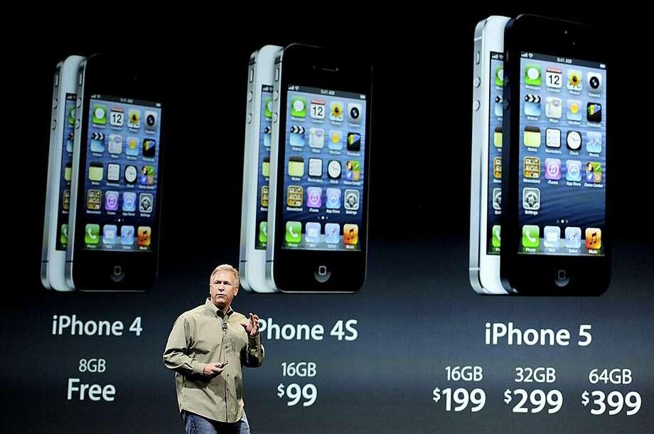 Apple Senior Vice President Phil Schiller plays down the market-share gains of rival Samsung. Photo: David Paul Morris, Bloomberg