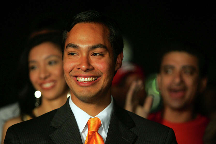 Mayoral candidate Julian Castro smiles after announcing his runoff election against Phil Hardberger