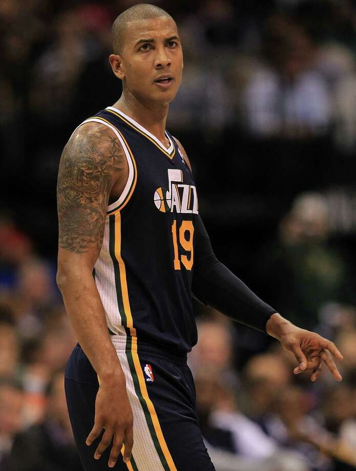 Basketball player Raja Bell has been a vegetarian since he was 2 years old (he only eats cheese occasionally, according to a Washington Post article). Photo: Ronald Martinez, Getty Images / 2011 Getty Images