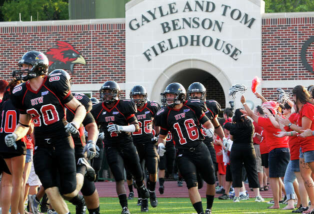 The University of the Incarnate Word plays Langston at Benson Stadium on Saturday, August 28, 2010. Photo: TOM REEL, Express-News / © 2010 San Antonio Express-News