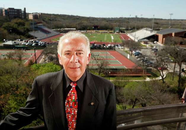 University of the Incarnate Word President Dr. Louis Agnese Jr poses Thursday March 10, 2011 on the balcony of his home on the UIW campus which overlooks the new football fields. Photo: WILLIAM LUTHER, Express-News / SAN ANTONIO EXPRESS-NEWS