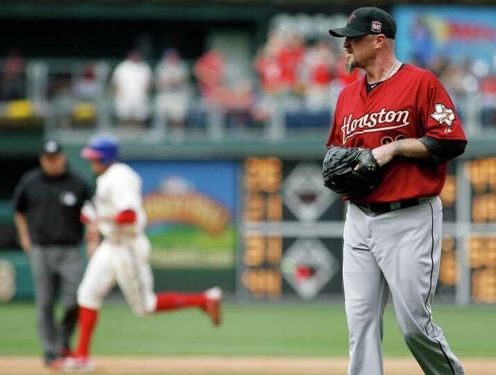May 15: Phillies 4, Astros 3 (10 innings) Astros closer Brett Myers walks of