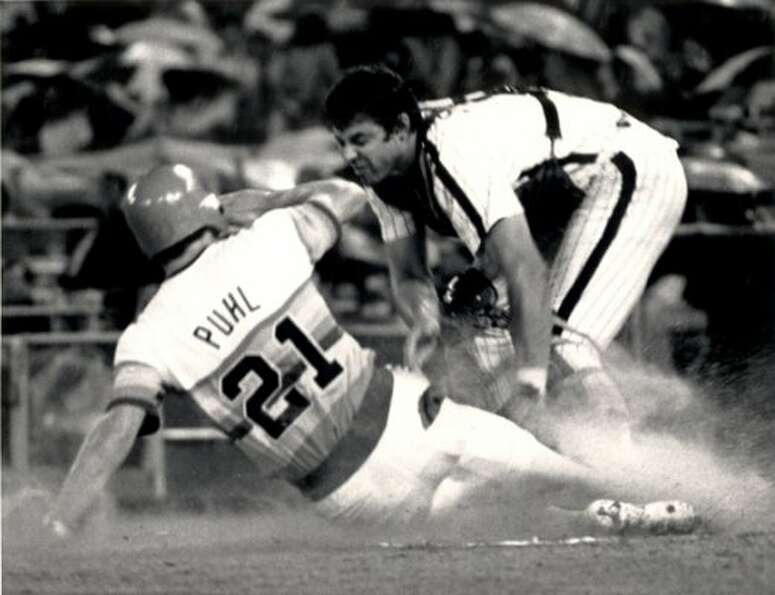 21. Terry Puhl, OF (1977-1990).281/.349/.389 batting line with 62 HRs, 432 RBIs, 676 Rs,