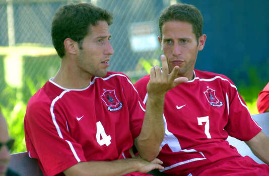 Israeli brothers Oren (4) and Yaniv Braver chat during hafltime of the Incarnate Word at St. Mary's University soccer match on Tuesday, Sept. 30, 2003. The brothers play for Incarnate Word. BILLY CALZADA / STAFF Photo: BILLY CALZADA, Express-News / SAN ANTONIO EXPRESS-NEWS