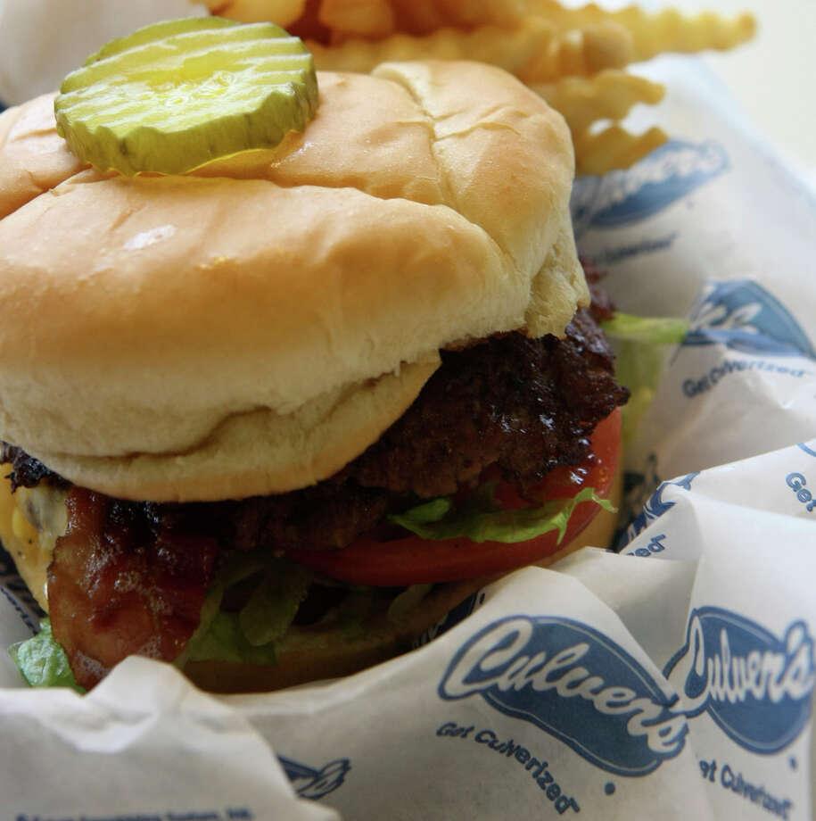 Culver's Double Cheddar ButterBurger with Bacon, 751 calories. Photo: Helen L. Montoya, San Antonio Express-News / SAN ANTONIO EXPRESS-NEWS