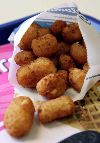 Culver's Wisconsin Cheese Curds, 670 calories. Photo: Helen L. Montoya, San Antonio Express-News / SAN ANTONIO EXPRESS-NEWS