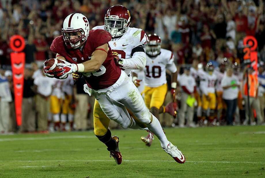 Stanford University quarterback Josh Nunes completes a pass to his tight end Zach Ertz for a touchdown in the fourth quarter of their NCAA football game against the USC Trojans Saturday, September 15, 2012 in Palo Alto California. Stanford won 21-14 Photo: Lance Iversen, The Chronicle