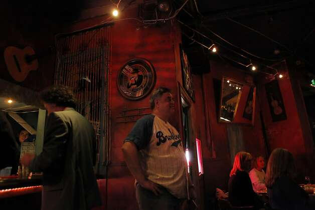 Comedian Randy Hauser watches Bob Rubin perform on stage at the Purple Onion Comedy Club in San Francisco, Calif., on Thursday, September The Purple Onion comedy club is closing at the end of Sept. Just short of its 50th anniversary. The club launched Phillis Diller and is also where the Kingston Trio got its start and the Smothers Brothers recorded their first album. Photo: Carlos Avila Gonzalez, The Chronicle
