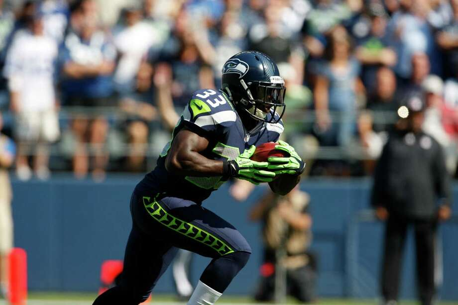 Seattle Seahawks' Leon Washington returns against the Dallas Cowboys in the first half of an NFL football game, Sunday, Sept. 16, 2012, in Seattle. Photo: AP