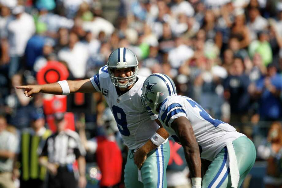 Dallas Cowboys' Tony Romo gives directions against the Seattle Seahawks in the first half of an NFL football game, Sunday, Sept. 16, 2012, in Seattle. Photo: AP