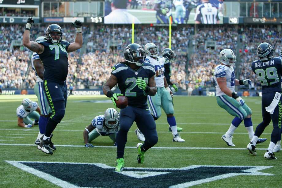 Seattle Seahawks' Marshawn Lynch runs for a touchdown against the Dallas Cowboys in the second half of an NFL football game, Sunday, Sept. 16, 2012, in Seattle. Photo: AP