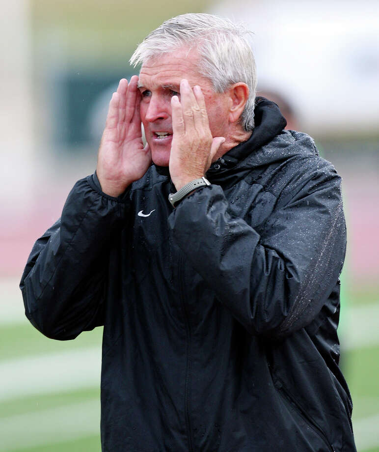 Tim Hankinson, who has coached at many levels all over the globe, has the Scorpions in first place in their inaugural season in the NASL. Photo: Edward A. Ornelas, Express-News / © 2012 San Antonio Express-News