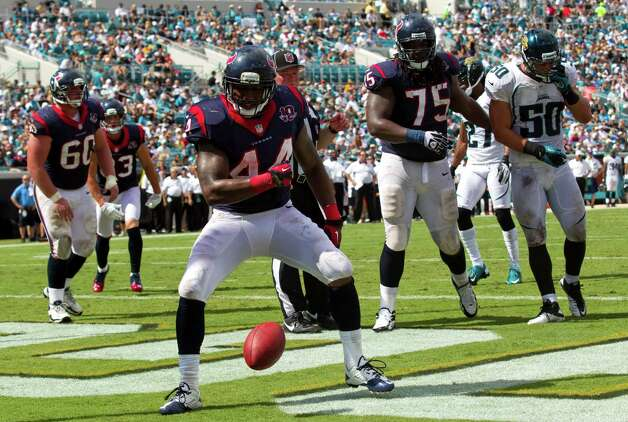 Houston Texans running back Ben Tate (44) celebrates his 2-yar touchdown run against the Jacksonville Jaguars during the third quarter at EverBank Field Sunday, Sept. 16, 2012, in Jacksonville, Fla. The Texans beat the Jaguars 27-7. ( Brett Coomer / Houston Chronicle ) Photo: Brett Coomer, Staff / © 2012  Houston Chronicle