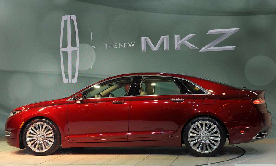 2013 Lincoln MKZ: Lincoln is pulling out all the stops with this model. The car will have cutting-edge desing with a retractable glass roof and some other unique features.