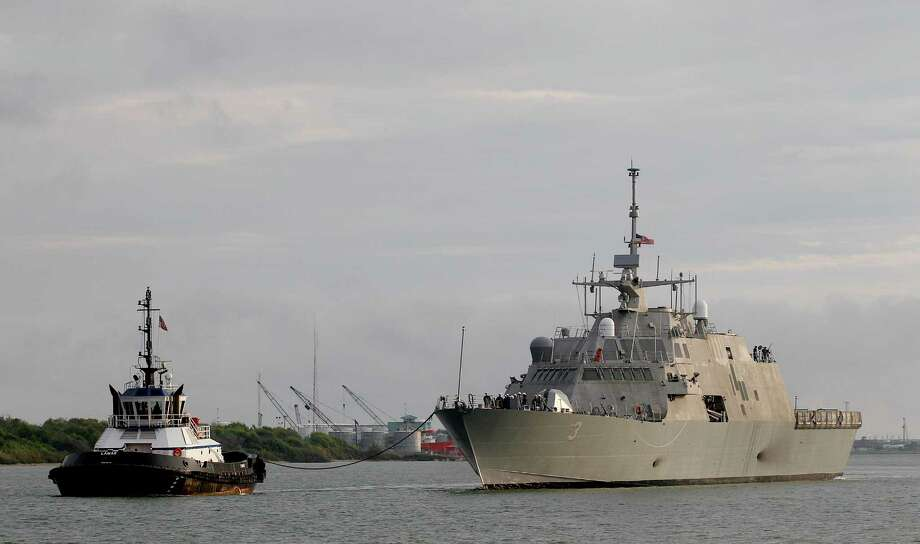 The USS Forth Worth arrives in Galveston on Monday. Photo: Thomas B. Shea, For The Chronicle / © 2012 Thomas B. Shea