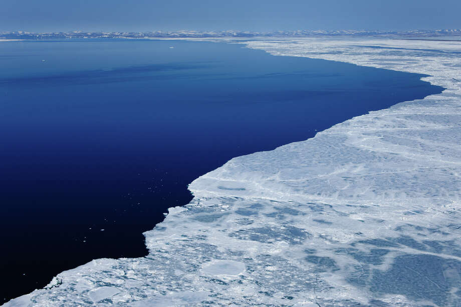 The shrinking Arctic ice pack, pictured north of Point Hope in the Chukchi Sea, Alaska. Photo: Florian Schulz / © Florian Schulz / visionsofthewild.com