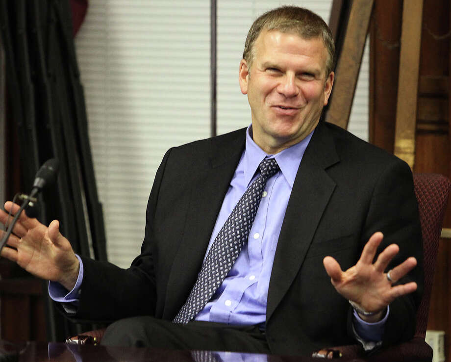 Tilman Fertitta, CEO of Landry's Inc. is worth an estimated $1.6 billion. He earned his money from his dining, hospitality and gaming company. He owns Bubba Gump Shrimp Company, Saltgrass Steakhouse and Landry's Seafood House. Photo: Dale Gerhard, Associated Press / Press of Atlantic City