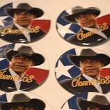 Obama Texas campaign buttons at the Democratic convention in Denver.