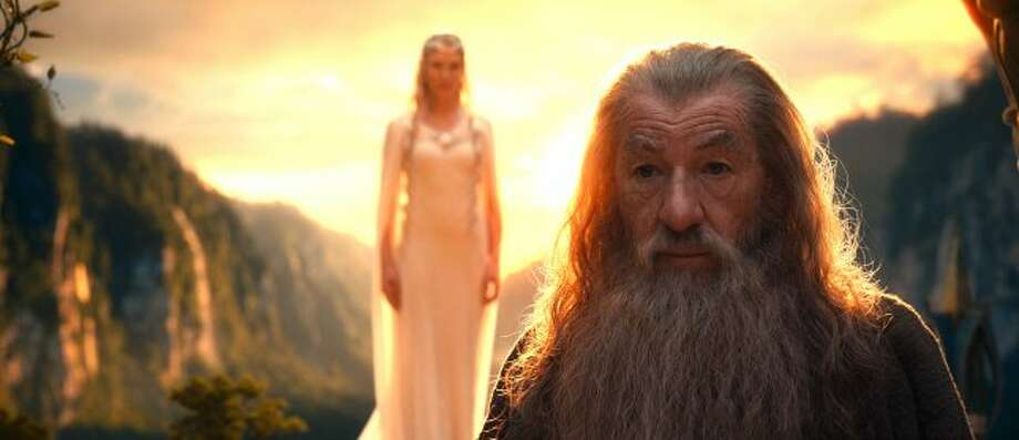 "(L-r) CATE BLANCHETT as Galadriel and IAN McKELLEN as Gandalf in New Line Cinema's and MGM's fantasy adventure ""THE HOBBIT: AN UNEXPECTED JOURNEY,"" a Warner Bros. Pictures release. ((C) 2012 WARNER BROS. ENTERTAINMENT INC. AND METRO-GOLDWYN-MAYER PICTURES INC.)"