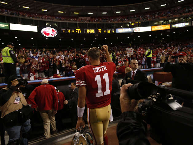 Quarterback Alex Smith leaves the field after a game against the visiting Detroit Lions at Candlestick Park in San Francisco, Calif. on Sunday, Sept. 16, 2012. The Niners defeated the Lions 27-19. Photo: Stephen Lam, Special To The Chronicle / ONLINE_YES