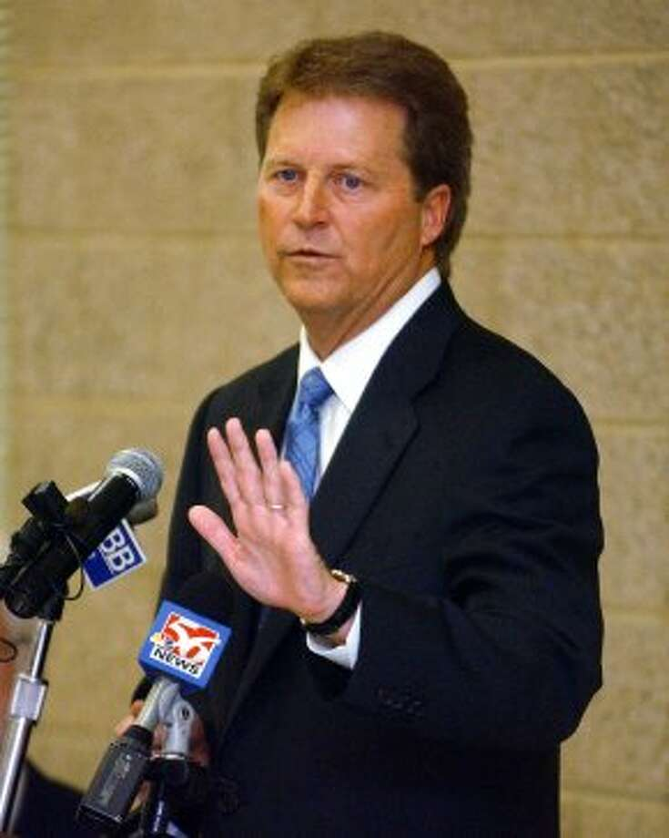 ** CORRECTS PARTY AFFILIATIONS ** State Senate Democratic candidate Paul Sadler speaks during a candidate forum in Tyler, Texas, Thursday, Feb. 12, 2004. Sadler and Republican Kevin Eltife are vying for the District 1 seat. (AP Photo/Tyler Morning Telegraph, D.J. Peters).   HOUCHRON CAPTION (02/15/2004):  Democrat Paul Sadler, (SHOWN), and Republican Kevin Eltife are running in a special election to fill Bill Ratliff's District 1 seat. (D.J. PETERS / AP)