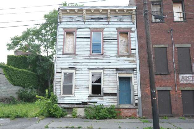 A view of a building in the 200 block of Elk St.  seen here on Wednesday, Sept. 19, 2012 in Albany, NY.   (Paul Buckowski / Times Union) Photo: Paul Buckowski