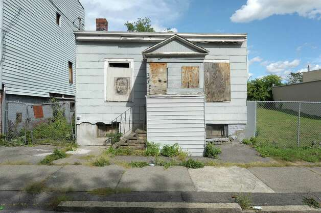A view of a building at 243 Elk St.  seen here on Wednesday, Sept. 19, 2012 in Albany, NY.   (Paul Buckowski / Times Union) Photo: Paul Buckowski