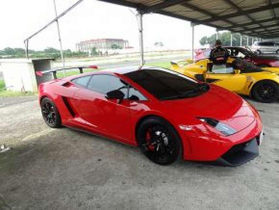 A photo of a Lamborghini Gallardo LP570-4 Super Trofeo Stradal. This is not the car seen at a Texas high school. (Photo: Daniel Chou, Flickr)