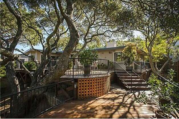 1832 Oak Knoll Drive Photo: Coldwell Banker Residential