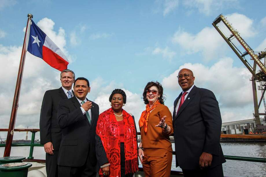 Port Authority Interim Executive Director Col. Leonard D. Waterworth, Houston Mayor Pro Tem Ed Gonzalez, U.S. Congresswoman Sheila Jackson Lee, Port Commissioner Elyse Lanier and U.S. Trade Representative Ron Kirk aboard the MV Sam Houston on March 16, 2012, in Houston. Photo: Michael Paulsen, Houston Chronicle / © 2012 Houston Chronicle