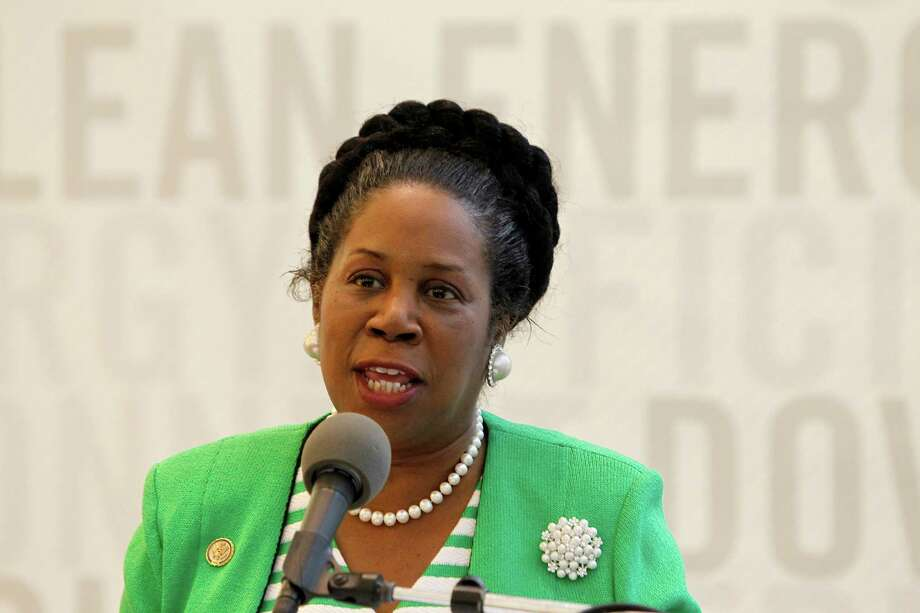 Sheila Jackson Lee speaks in the lobby of BG Group Place, Monday, Oct. 10, 2011, in Houston, where The Houston Downtown Management District, together with BG Group and Houston First Corporation, announced the details of the new GREENLINK bus service. Photo: Karen Warren, Houston Chronicle / © 2011 Houston Chronicle