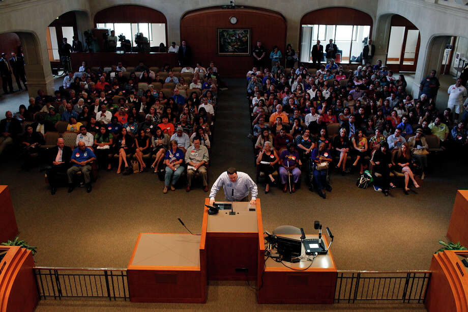 A witness speaks to the San Antonio City Council concerning a city ordinance that is proposed to regulate predatory lending during the San Antonio City Council on Thursday, Sept. 20, 2012. Photo: LISA KRANTZ, San Antonio Express-News / © 2012 San Antonio Express-News