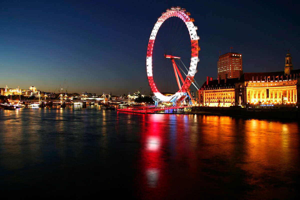 """The London Eye featured """"Where's Waldo?"""" red and white stripes on Thursday, Sept. 20."""