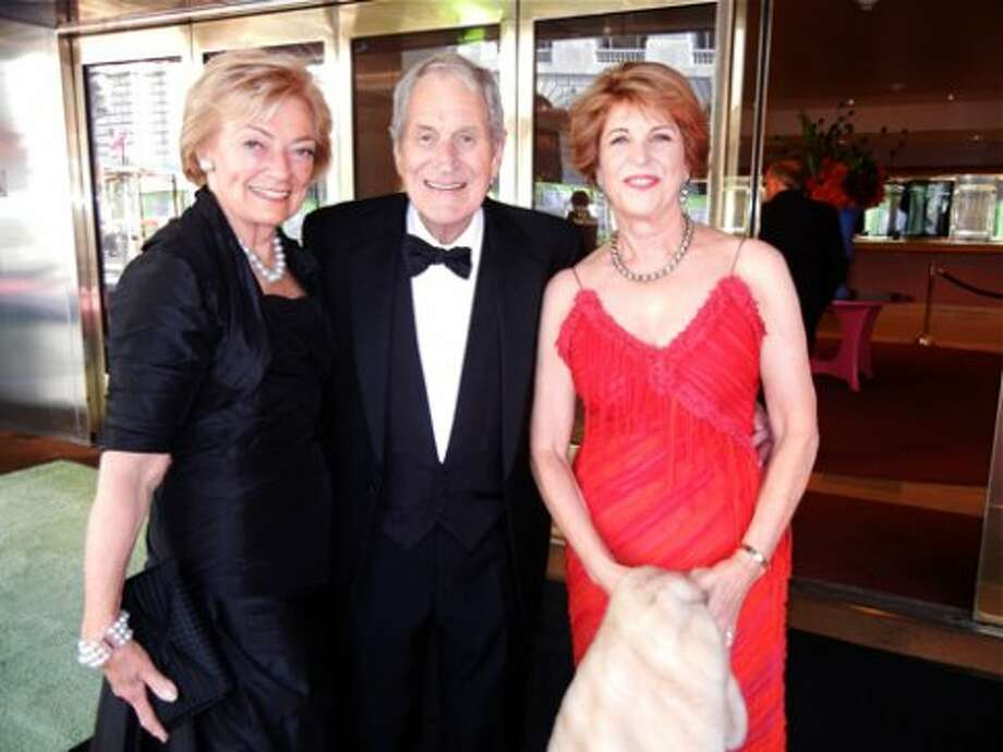 Gretchen de Baubigny (left) with Ray Dolby and his wife, Patrons Dinner committee member Dagmar Dolby (Catherine Bigelow)