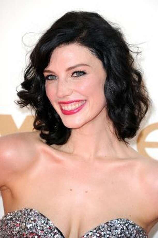 Jessica Paré at last year's Emmys.  (Kevin Winter / Getty Images)