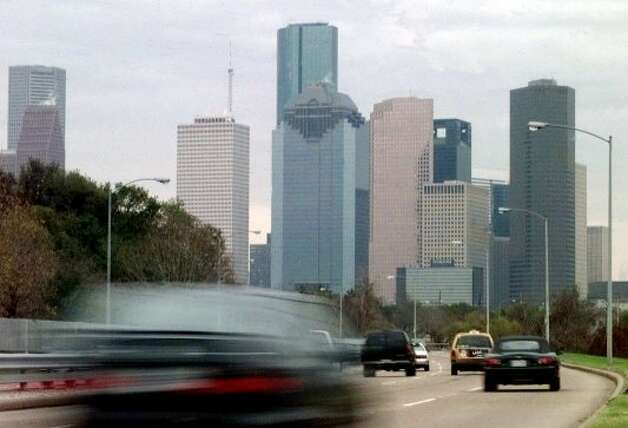 #10 Houston: The Bayou City may be among the dirtiest, but it's also very affordable. (PAT SULLIVAN / AP)