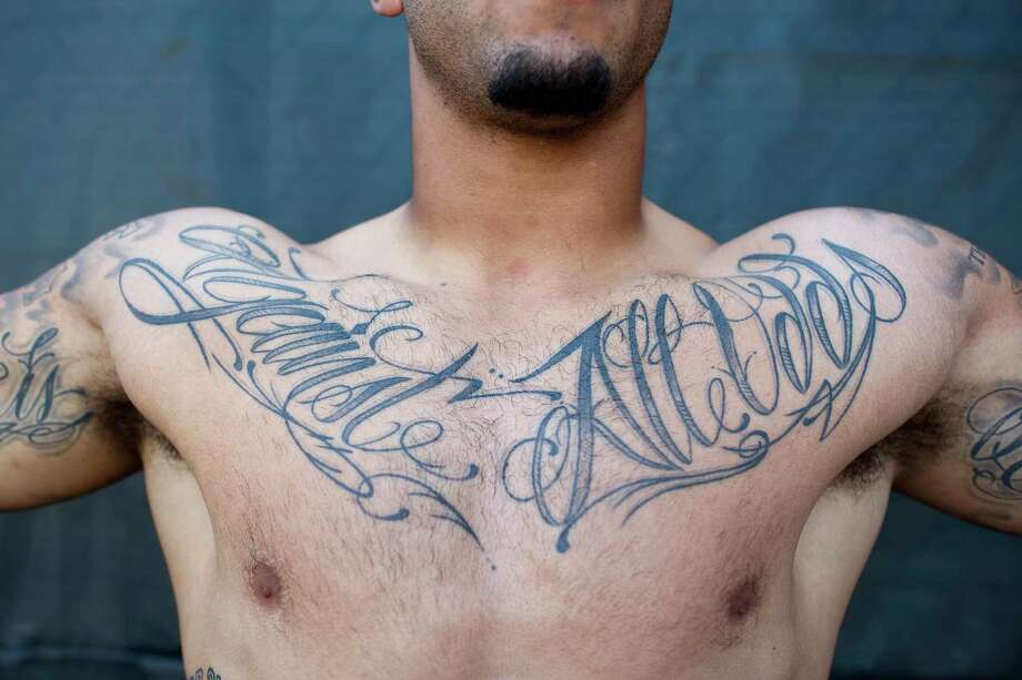 Backup QB Colin Kaepernick's Against All Odds tattoo. Photo: Michael Short, Special To The Chronicle / ONLINE_YES