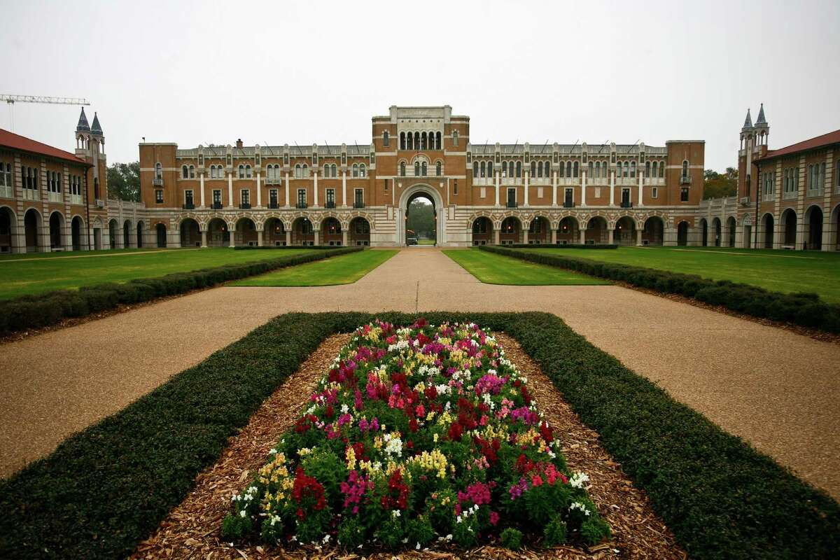 Forbes and Time magazine recently released their rankings for the colleges that give the most bang for the buck. Take a look to see which Texas institutions made the list.Rice UniversityCity: HoustonRank:Forbes - #32 Time magazine - #20Tuition: $54,291/year (Forbes.com)