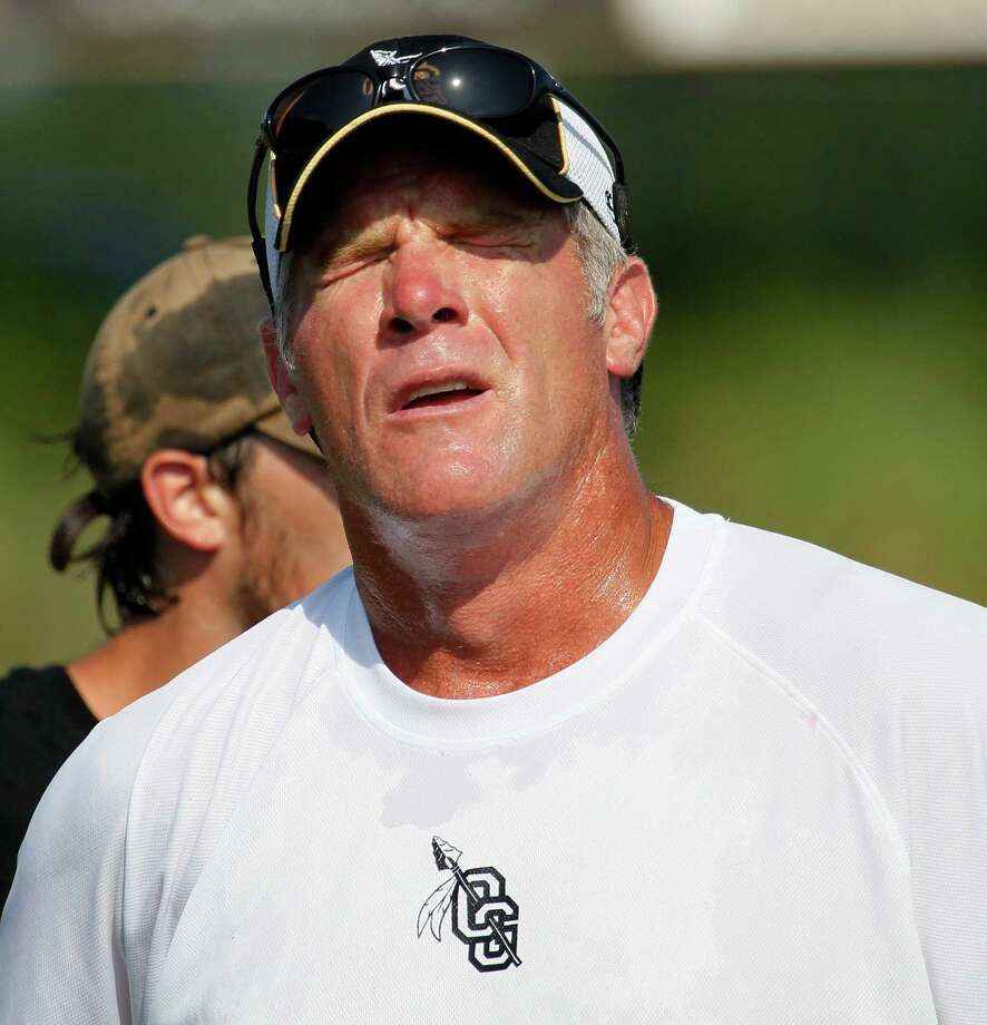 NFL legend Brett Favre's penis pictures are another example of why you shouldn't send nude pics if you are famous.  Photo: Rogelio V. Solis, Associated Press / AP