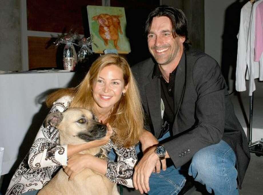 """Jon Hamm before he was in """"Mad Men,"""" taking part in an animal-welfare fundraiser in 2005 with longtime girlfriend Jennifer Westfeldt.  (Getty Images)"""