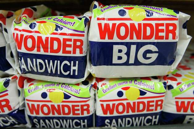 Wonder Bread debuted in 1921, but it wasn't until the 1930s that Continental Baking began selling it as sliced loaves – a big milestone in the baking industry. Photo: Justin Sullivan, Getty Images / 2004 Getty Images