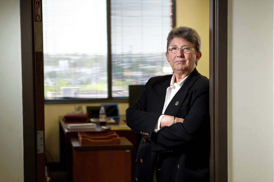 Helen Harberts went to work Friday as the interim director of the Harris County probation department. In the next six months, her mandate is to fix the agency's drug testing procedures. Photo: Johnny Hanson / © 2012  Houston Chronicle