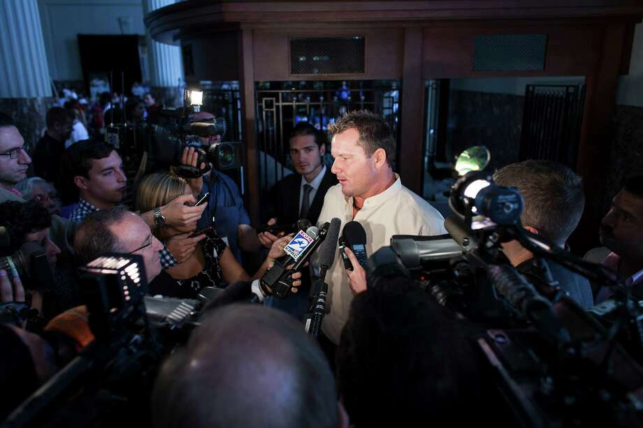 As per usual, Roger Clemens was the center of attention at the Astros Legends Luncheon. Photo: Nathan Lindstrom / ©2012 Nathan Lindstrom