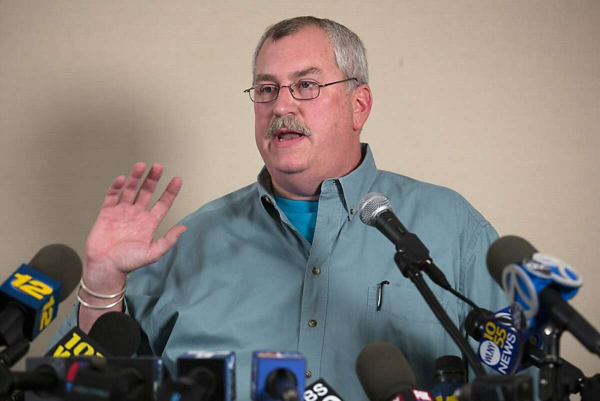 Bronx Zoo Director Jim Breheny speaks to the media during a news conference, Friday, Sept. 21, 2012, in New York. A visitor to the zoo was mauled by a tiger after he leaped from an elevated monorail train and plummeted over a fence into an exhibit, police and zoo officials said. (AP Photo/John Minchillo)