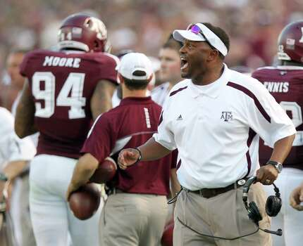 Texas A&M University heach coach Kevin Sumlin yells instructions to his players during the second quarter of a NCAA football game against South Carolina State University, Saturday, Sept. 22, 2012, in College Station. Photo: Nick De La Torre, Houston Chronicle / © 2012 Houston Chronicle