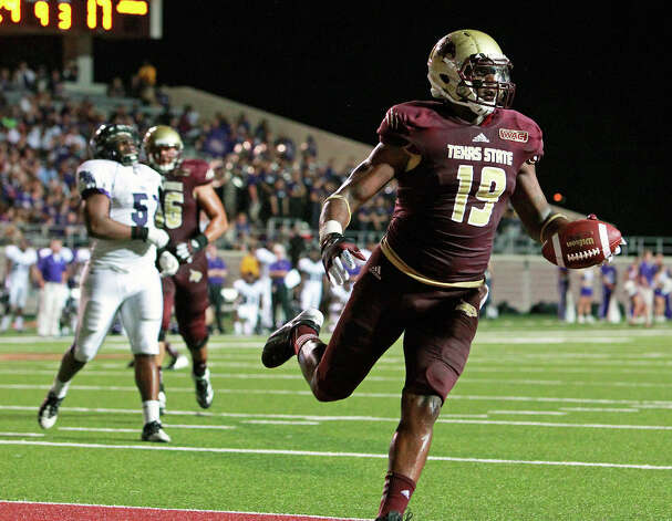 Chase Harper rolls in for an unmolested touchdown as Texas State hosts Stephen F. Austin at Bobcat Stadium on September 22, 2012. Photo: Tom Reel, Express-News / ©2012 San Antono Express-News